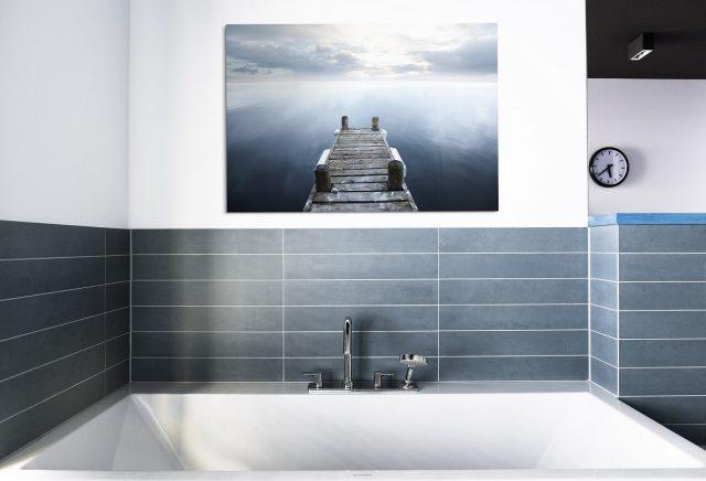 Wandbild und Fliesenwand im Bad - Badezimmer schön gestalten