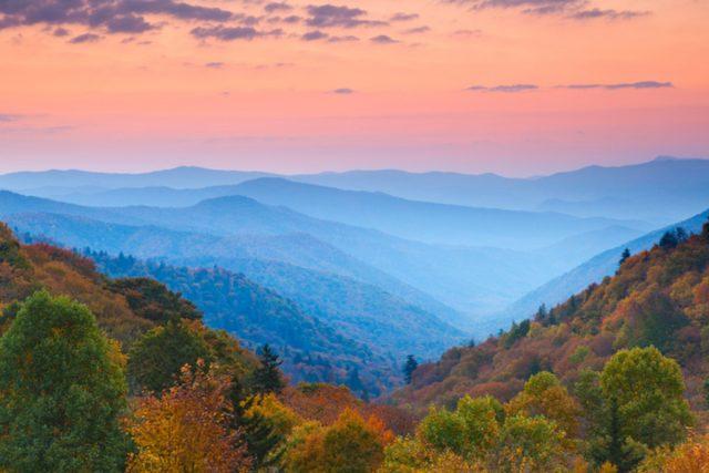 Bild vom Herbst mit rotem Horizont