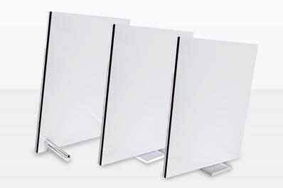 cadre de bureau avec pied de support en verre acrylique. Black Bedroom Furniture Sets. Home Design Ideas